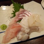 金町製麺 - 刺身盛り合わせ(ノドグロなど)
