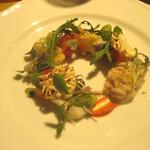 125842561 - 鱈と白子のサラダ