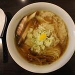 Tsurumen - わんたん麺(970円、真上から)