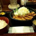 海鮮食飲市場 マルカミ食堂 - ポークジンジャー定食(2020.1)
