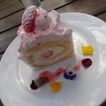ラ・パニエ - いちごのロールケーキ