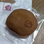 横浜元町 香炉庵 - 2月限定『いちごどらやき』230円(税別)