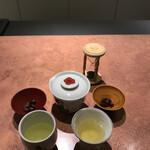 125871009 - 玄米茶 & 甘納豆