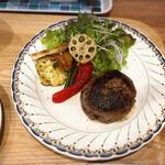 おう児牛肉店 - 特産松阪牛ハンバーグ