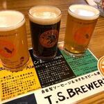 自家製ソーセージ&できたてビール酒場 T.S.Brewery - 自家製飲み比べセット3種類