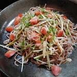 シフォン&ダイニング ブルービー - 料理写真:「蕎麦サラダ」