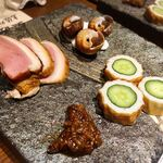 warayakiya - 【前菜】藁燻し鴨、ちゃんばら貝磯煮、高知名物「ちくきゅう」もろ味噌添え
