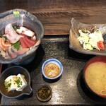 酒佳蔵 - 海鮮丼