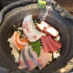 酒佳蔵 - 海鮮丼接写