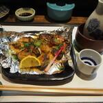 西田鮨 - 牡蠣の味噌マヨ焼き & 燗酒