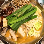 日本酒原価酒蔵 - 味噌仕立ての牡蠣鍋