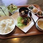 旬菜肴房 善舞 - 料理写真:ランチコンビプレート