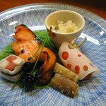 1259571 - 紅鮭西京焼き 他