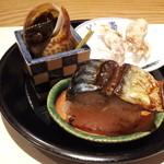 12590204 - 焼サバ寿司、つぶ貝、蛍烏賊