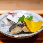 竹ざき - 鯖寿司、千枚漬け 鰆の味噌幽庵焼き
