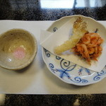 割烹 ひさご - 桜海老かき揚げ、桜塩