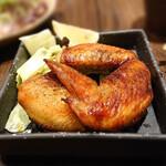 居酒屋 感 - 赤鶏の手羽焼き