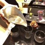 長谷川栄雅  - 都度注がれる日本酒