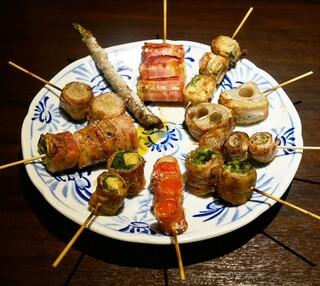 博多野菜巻き串焼き ここにこんね - ☆【博多野菜巻き串焼き ここにこんね】さん…野菜巻き10種盛り(≧▽≦)/~♡☆