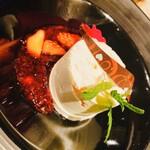 イタリアン&グリル アクア イルフォルノ - 友達が食べた『ミックスベリーのカッサータ セミフレッドスタイル』