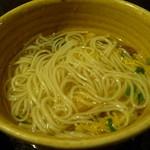 個室 魚と黒豚 まん - 豚しゃぶの〆のにゅう麺