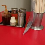 ファイト餃子 - テーブルの卓上