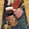 吾作 - 料理写真:刺身の盛り合わせ。勝浦最高やわ。