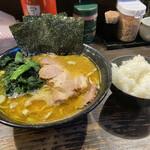 クックら - 料理写真:麺固め油多め海苔増し