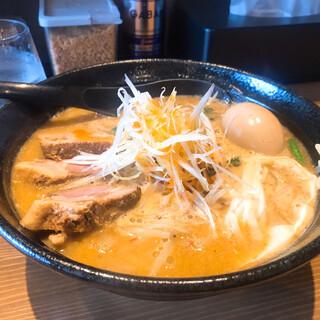 みそ専門 麺処いずみ - 料理写真:味噌ラーメン 味玉トッピング
