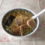 あさひ食堂 - 料理写真:中華そば、大盛、スープなみなみ