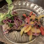 Jlio - スモーク鴨とオレンジのマリネ  砂肝のコンフィとレッドキャベツ