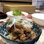 立飲み寿司 三浦三崎港 めぐみ水産 -