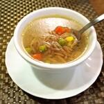 siDra - 料理写真:スープ、中にはパスタが入っています