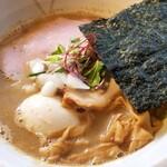 吟麺 今日華 - 料理写真:激にぼし(味玉付き)