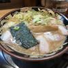 関西 風来軒 - 料理写真:とんこつ醤油Wスープラーメン800円(税込) ※ブーマーくんの角度が、イマイチ