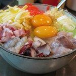 わらべ - 料理写真:ボリューム満点!スペシャルミックスお好み焼き
