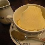 パパス カフェ - アフォガート