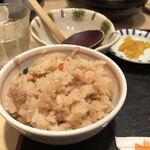釜ひろ - かやくご飯(小)250円