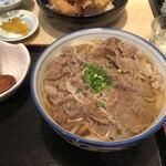 釜ひろ - 肉うどん(国産牛使用)750円
