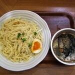 126009269 - 「鶏×魚介つけ麺」麺大盛りで950円