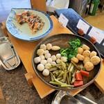 レストラン ブランヴェール - 朝食バイキング・煮物とか。