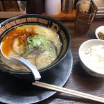 マルハチらーめん - 黒 ご飯(ランチ無料)