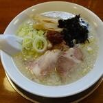 煮干中華 あさり - 辛味そば750円(裏メニューで塩)
