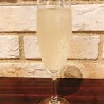 コートレット - スパークリングワイン