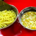 神明 - 黄金つけ麺 @750円