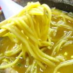 神明 - もちっと喉越しの良い麺
