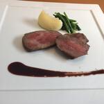 126063712 - ・肉料理(但馬牛熟成肉「ロース・カメコウ」の炭火焼き)