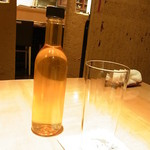 翁 - ボトル入りの台湾製ウーロン茶  高山茶
