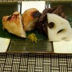 千載一遇 - ④福島産伊達鶏・牛タン味噌漬柚子胡椒・蓮根酢漬