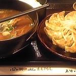 五味八珍 - 料理写真:浜松餃子と味噌ラーメン888円